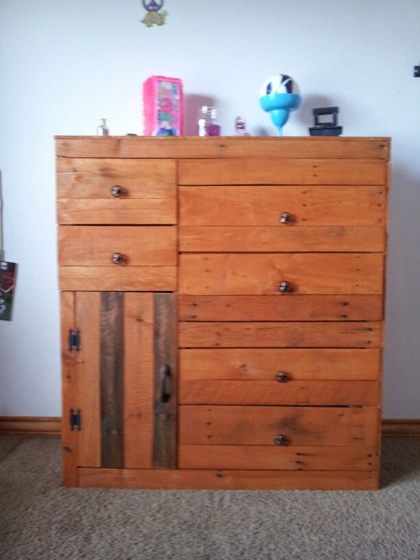 fun homemade furniture 57 best armarios images on pinterest pallet ideas cabinets and