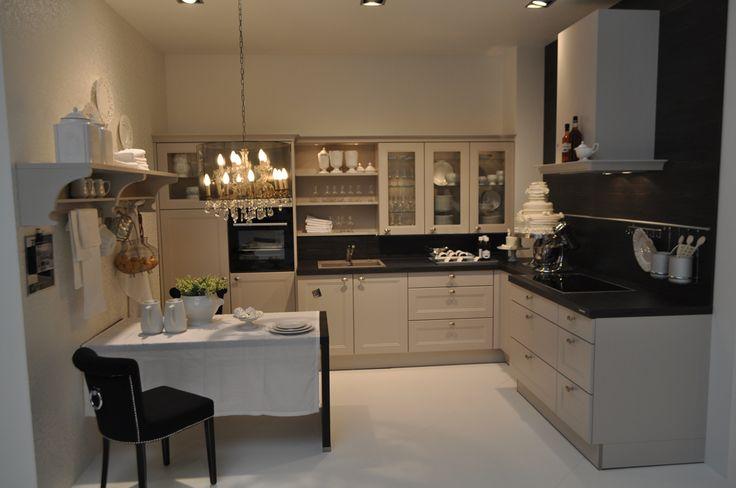 17 beste idee n over landelijke keuken verlichting op pinterest keukenkasten kasten en - Granieten werkblad keuken ...