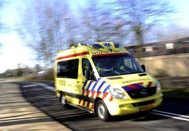 26-Jun-2014 11:50 - OM: AMBULANCECHAUFFEUR MISHANDELDE OMSTANDER. Het Openbaar Ministerie heeft een voorwaardelijke taakstraf van twintig uur met een proeftijd van twee jaar geëist tegen ambulancechauffeur...
