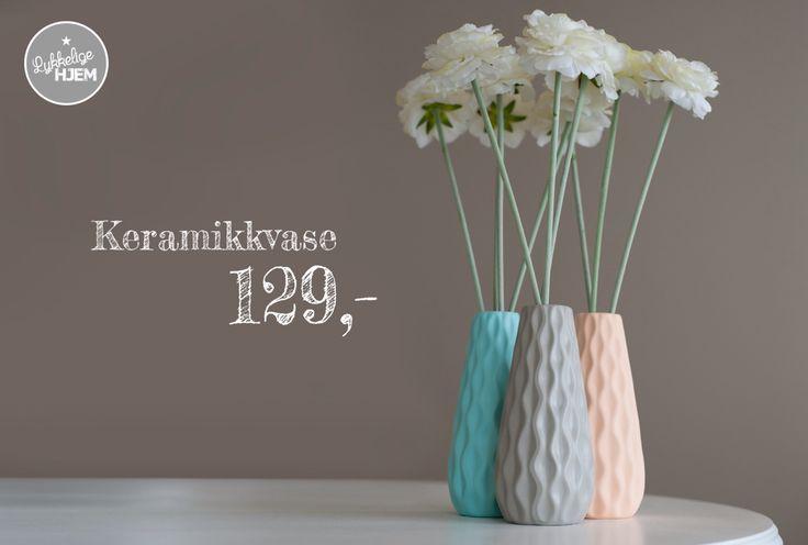 Nå er disse poplulære vasene på lager! Kjøpes på www.lykkeligehjem.no