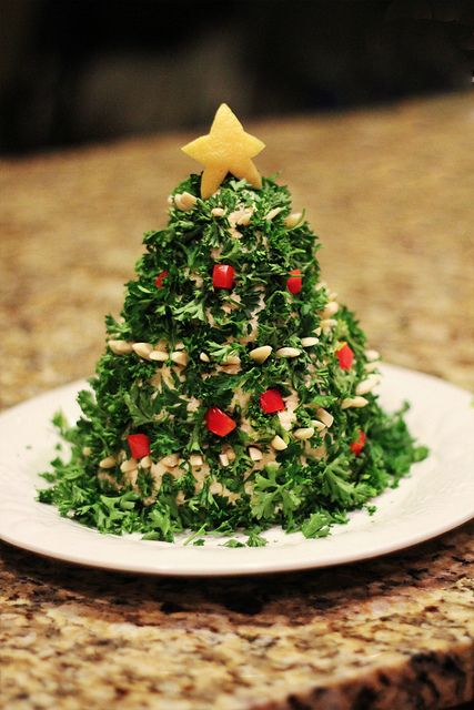 Christmas Tree Cheese Ball...almost too cute to eat :)