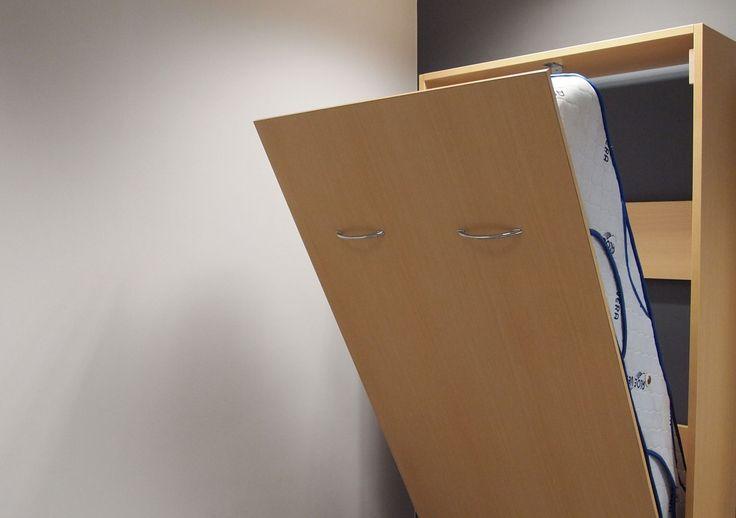 M s de 1000 ideas sobre camas abatibles en pinterest - Cama empotrada en armario ...