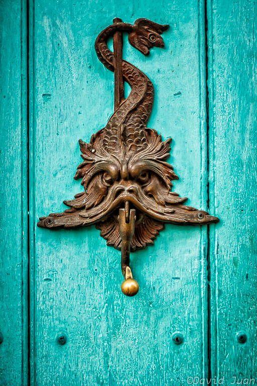 Door knocker by David Juan