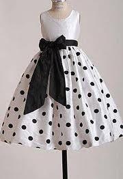 http://estiloconsultorias.blogspot.com.br/2011/02/vestidos-para-damas-de-honra.html