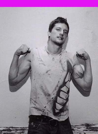 Happy birthday, Simon Rex (39), yesterday, 20 July. http://birthdaysoffmag.blogspot.com.es/2013/07/simon-rex.html