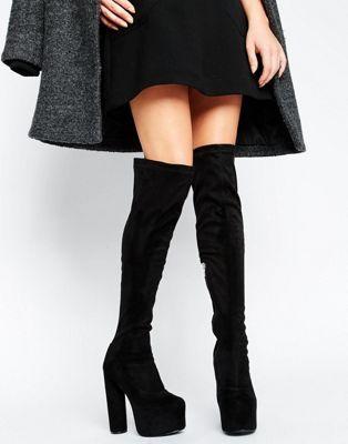 Truffle – Overknee-Stiefel mit Plateausohle und rundem Absatz