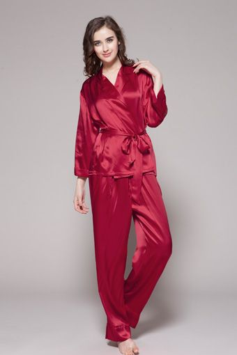 Buy 100 pure and natural womens silk pajamas, which is for sale with plus size and waistband. A perfect all year solution. Free shipping.