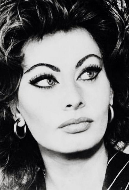 Los preciosos ojos de Sofía Loren.