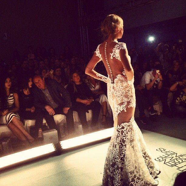 axdw, 17thaxdw, fashion show, fashion week, athens, fashion, black and white, models, runway, catwalk, designer, wedding dress, mitropoulos, tasos mitropoulos