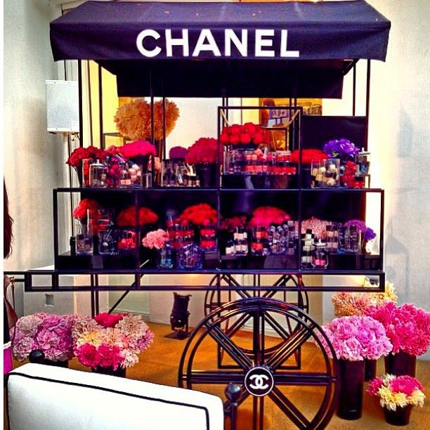 Chanel Nail Polish Cake: 110 Best Chanel Themed Images On Pinterest