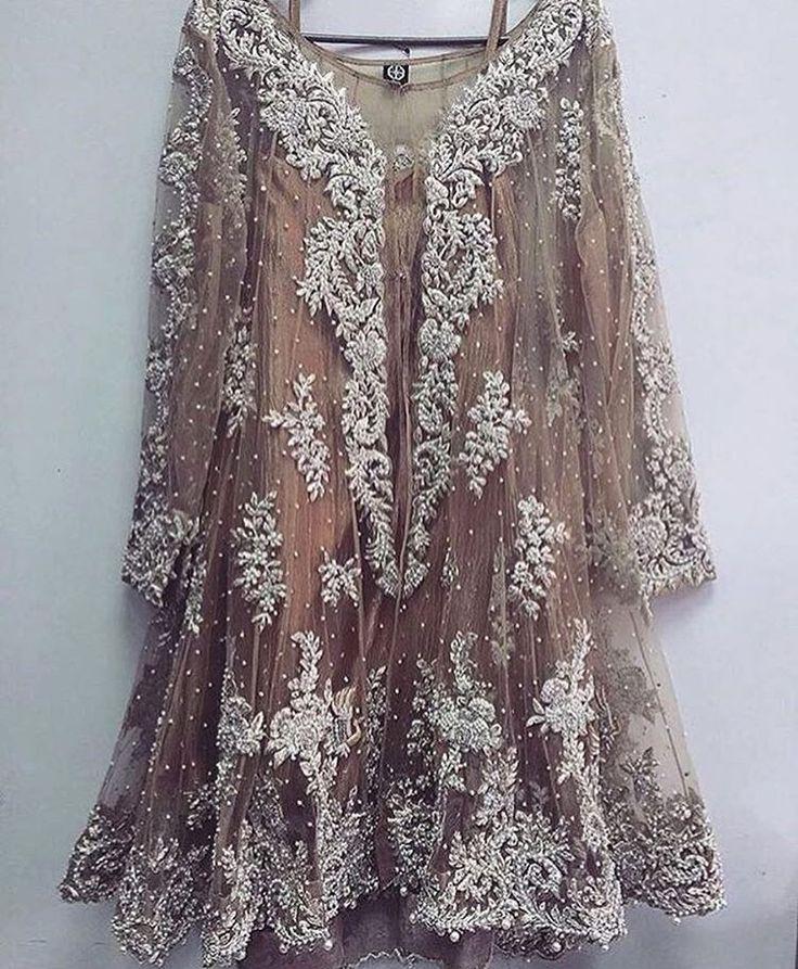 girls kurti tops, indian dresses salwar kameez, Bhumi Pednekar@ http://ladyindia.com