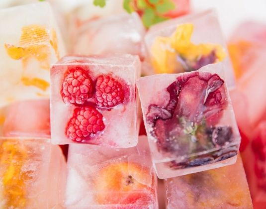 Floral and Fruit Ice Cubes, and easy and gorgeous way to spruce up your party!