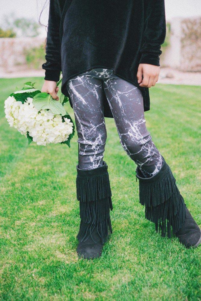 This fabric is crazy amazing!! Marble Mini Virginia Leggings