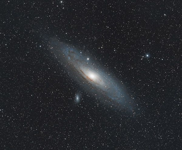 The Rokinon 135mm F 2 Was Built For Astrophotography In 2021 Andromeda Galaxy Astrophotography Galaxy Background