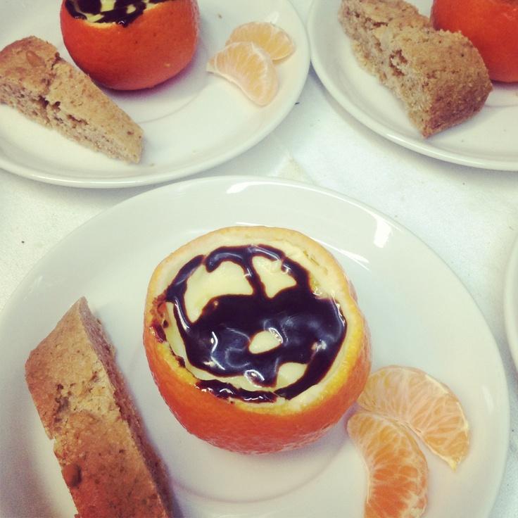 Tangerine stuffed with chantilly cream (with tangerine juice).