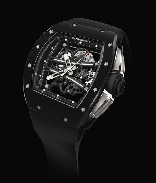 La montre RM 61-01 Yohan Blake de Richard Mille http://www.vogue.fr/vogue-hommes/montres/diaporama/les-belles-montres-homme-du-sihh-2015/18878/carrousel#la-montre-rm-61-01-yohan-blake-de-richard-mille