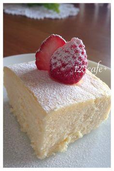 濃〜厚!やみつき♪絶品スフレチーズケーキ(my覚書:ひび割れの原因は固くし過ぎたメレンゲだったんだ〜)