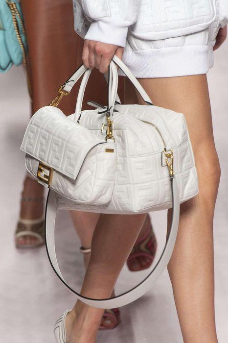 8ad044745d Fendi, Primavera/Estate 2019, Milano, Womenswear Borse Di Gucci, Borsette  Alla