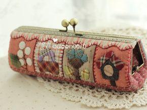 patchwork kiss clasp purse