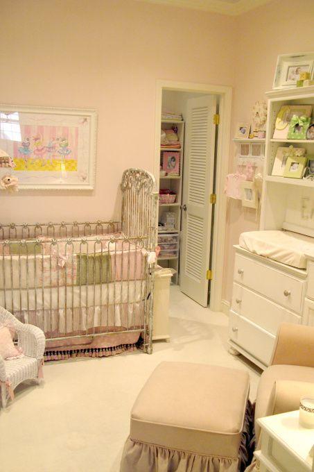 Vintage Nursery... Love The Bumper! Part 70