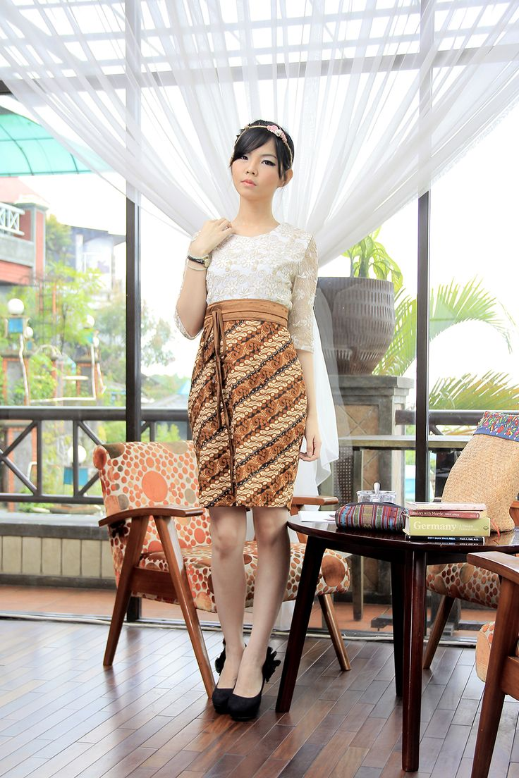 Dress Batik | Dewi Citrawati Dress | DhieVine | Redefine You