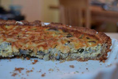 Helhetlig Liv: Glutenfri grønnsakspai med mandelbunn