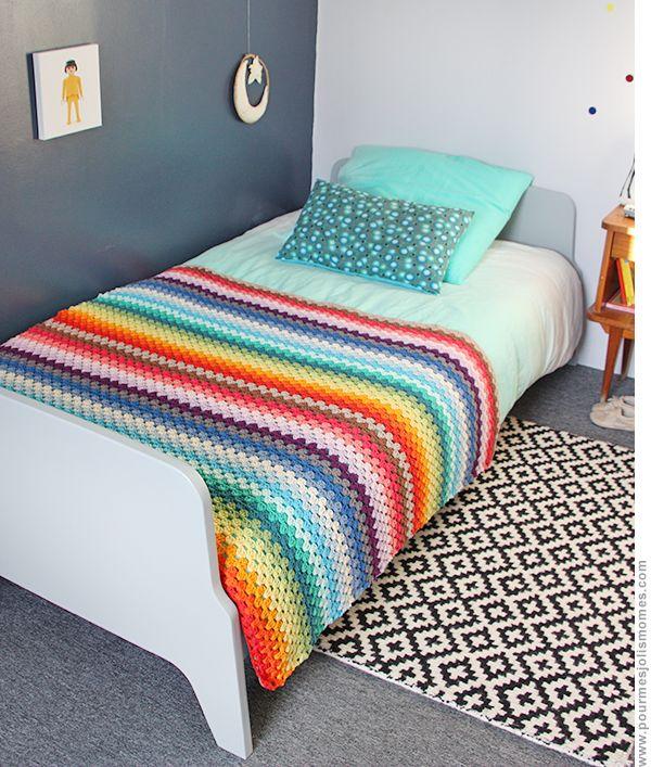 Rainbow crochet blanket (DIY)