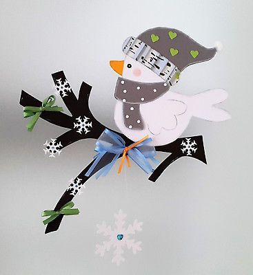 Fensterbild Vöglechen auf dem Zweig grün- Winter -Dekoration – Tonkarton