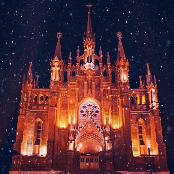 おとぎの国はロシアにあった!リアルなファンタジー世界が広がるロシア正教会のクリスマス - グノシー