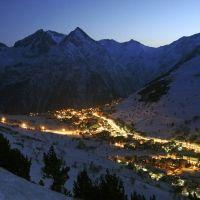 Les 2 Alpes | Site Officiel des Stations de Ski en France : France Montagnes - Station de ski Famille Plus http://www.france-montagnes.com/station/les-2-alpes
