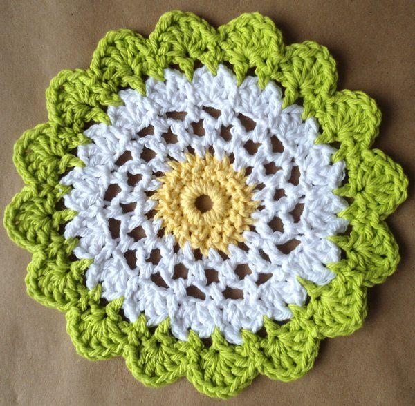 Moonflower DishclothMoon Flower, Free Pattern, Crochet Flower, Crochet Dishcloth Pattern, Free Crochet, Flower Dishcloth, Flower Crochet, Crochet Pattern, Flower Pattern