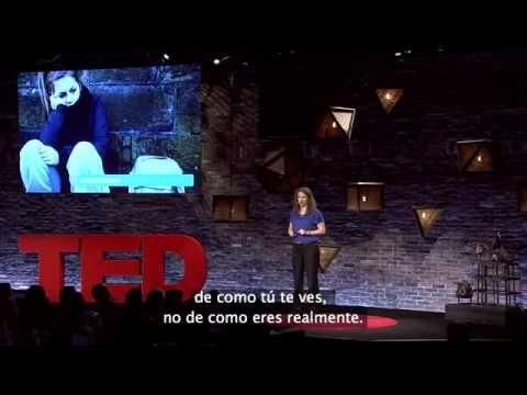 Muy interesante exposición (TED video) sobre el impacto de la baja autoestima en el desarrollo de la identidad individual, en especial de los adolescentes. Importantísimo en estos tiempos de culto a la imagen y al estado de interconexión permanente a través de las redes sociales.