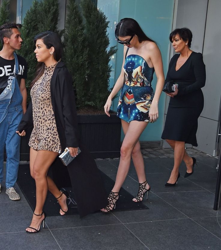 Kendall Jenner Photos: The Kardashian Clan Steps Out In NYC