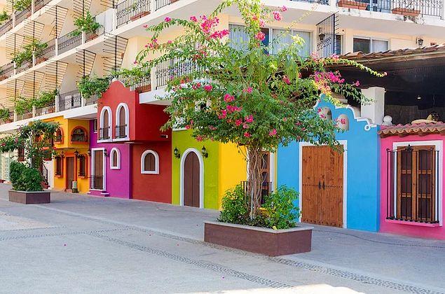 Пуэрто-Вальярта, Мексика