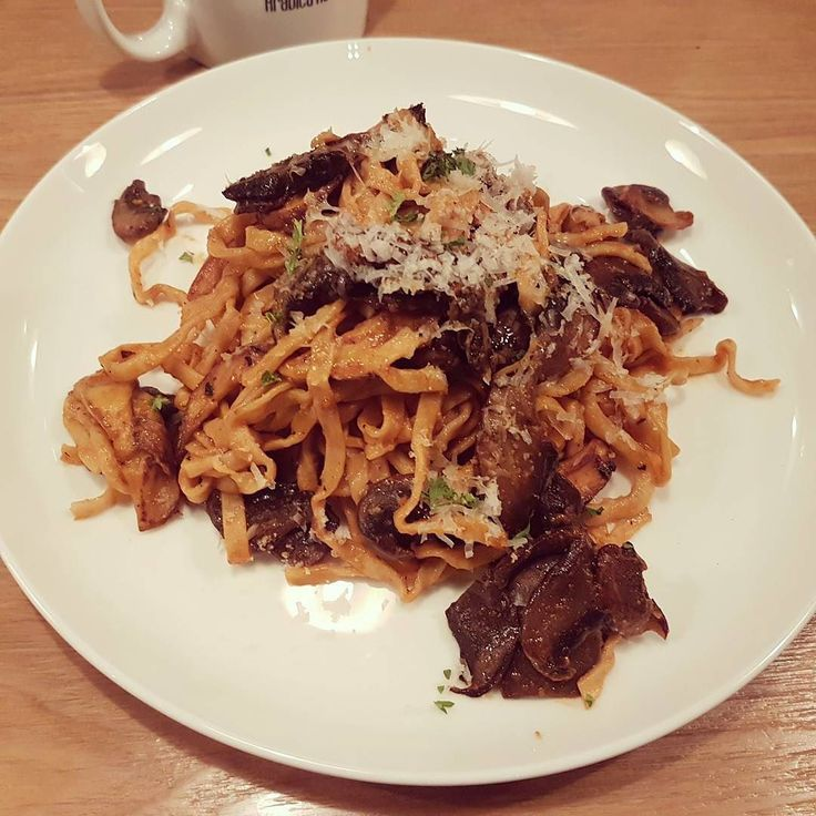 The Tagliatelle Pasta by Pure & Whole Shanghai #shanghailife #zaishanghai #pasta  #foodpics #instafood #foodie #foodstagram #foodbloggers https://www.instagram.com/p/BTwLdfpDxng/