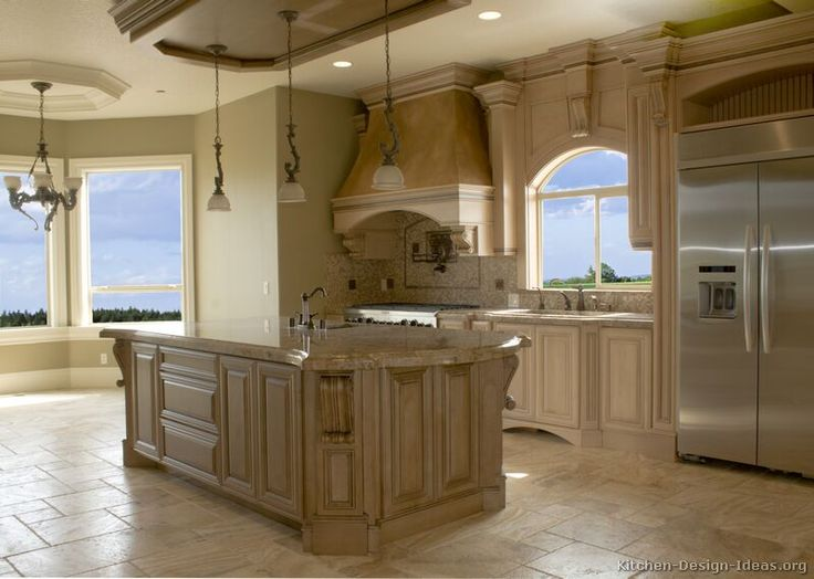 Traditional Antique White Kitchen Cabinets #45 (Kitchen Design Ideas.org)