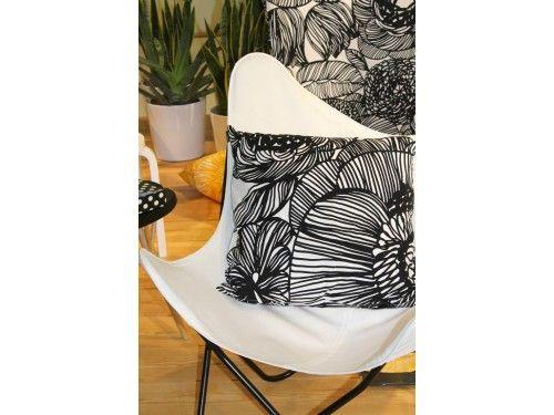 Marimekko Kurjenpolvi Cushion Cover 50x50