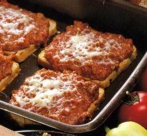 Melegszendvics gazdagon recept - szendvicsek kategória - Receptkalauz.hu - receptek, koktélok, finom ételek