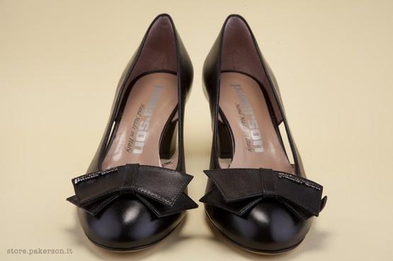 Pakerson black leather shoes for women. - Scarpe Pakerson in pelle nera. http://store.pakerson.it/woman-decolletes-27299-nero.html