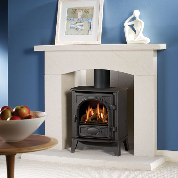 Coal or log effect gas steel stove Up to 3.4kw Matt black or choice of 3 paint finishes Manual or remote control NG or LPG No vent required Conventional flue Manufactured by Gazco Shown: Stockton 5 log effect gas stove