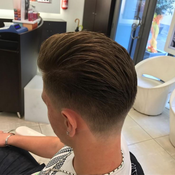 "357 Likes, 4 Comments - Axel Comolli (@axel_barber_comolli) on Instagram: ""#haircut #hair #menshair #oldschool #pomade #barbermind #ghost #fade #sharpfade #work #passion…"""