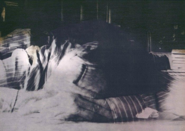 A makói művésztelep a fotó alapú grafikai művészet megjelenésének kulcsfontosságú helyszíne. A helyi nyomda ofszet gépét használhatták a művészek, ezáltal lehetőség nyílt az addig kizárólag ipari felhasználású, fotóalapú ofszet- és szitanyomás technikájával, kísérletező jellegű művészi tevékenységet folytatni. A 70-es évek közepén indult magyar neoavantgárd törekvéseknek, a 80-as évekre kitüntetett helyszíne lett Makó.