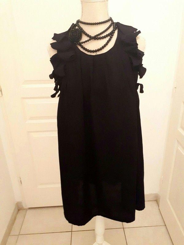 d7d750d8a21873 Robe noire Taille 36 38 | Vinted Choupinou83 | Robe noire, Robe et ...