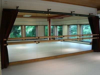 I want a dance studio in my house!!