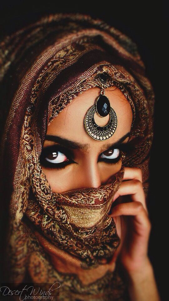 Arabic Eye Makeup: 58 Best Images About Indian Arabic Makeup On Pinterest
