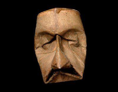 Jacquet Fritz Junior maschere artistiche con rotoli di carta igenica