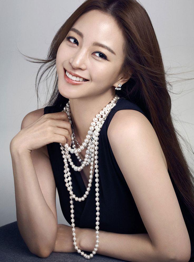 Han Ye Seul Noblesse Magazine Swarovski