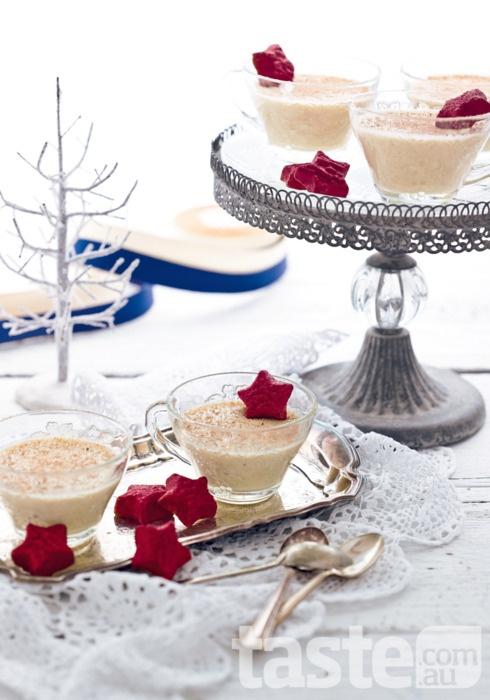 eggnOg creams: Christmas Food, Christmas Photography, Christmas Time, Traditional Christmas, Eggnog Cream, Desserts Food, Cream Custard, Christmas Favourit, Eggnog Desserts