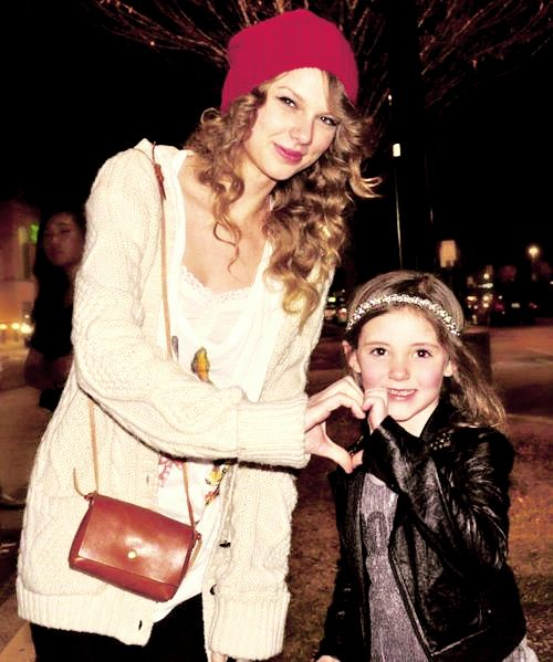 The 146 best taylor swift loves her fans images on pinterest taylor swift this is just adorable m4hsunfo