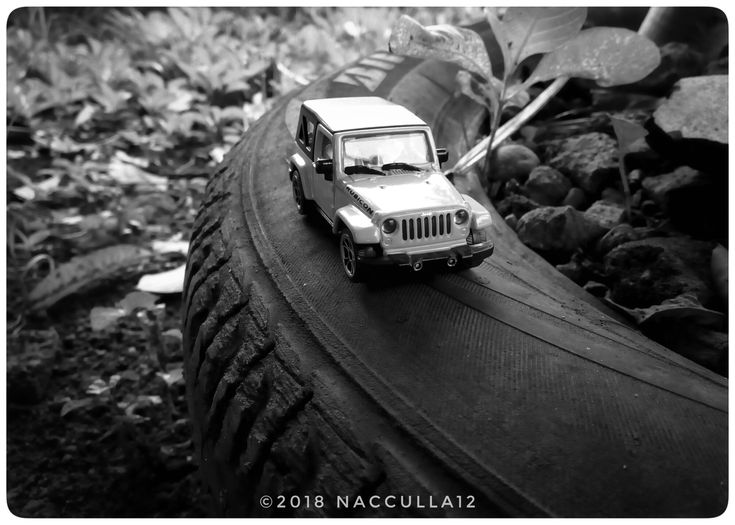 Jeep Rubicon, diecast photography by @nacculla12